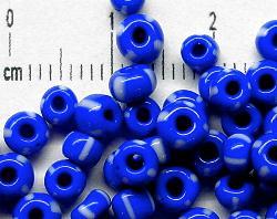Best.Nr.:13031 Rocailles von Preciosa Ornella Tschechien, blau weiß gestreift