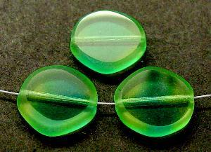 Best.Nr.:67795 Glasperlen / Table Cut Beads geschliffen Zweifarbenglas grün gelb Rand mattiert (frostet)