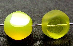 Best.Nr.:67796 Glasperlen / Table Cut Beads Nuggets geschliffen Rand mattiert