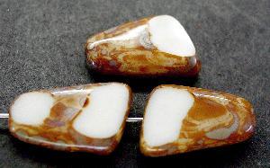 Best.Nr.:67896 Glasperlen / Table Cut Beads geschliffen,  naturweiß  mit Travertin-Veredelung
