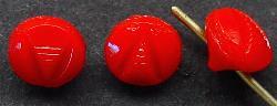 Best.Nr.:43050 Glasknöpfe, geprägt, rot  In Gablonz/Böhmen um 1930 hergestellt.