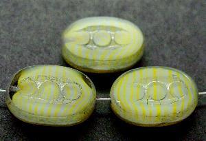 Best.Nr.:67738 Glasperlen / Table Cut Beads geschliffen mit Travertin-Veredelung, nach alten Vorlagen aus den 1930/40 Jahren neu gefertigt