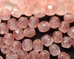 Best.Nr.:27351 facettierte Glasperlen  rosa, hergestellt in Gablonz / Tschechien,