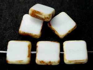 Best.Nr.:67953 Glasperlen / Table Cut Beads Quadrate geschliffen  weiß opak mit picasso finish,  hergestellt in Gablonz / Tschechien