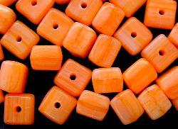 Best.Nr.:49085 Glasperlen Würfel  orange meliert hergestellt in Gablonz / Tschechien