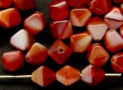 Best.Nr.:54053 Glasperlen  Doppelpyramide vierkantig  dunkelrot weiß meliert