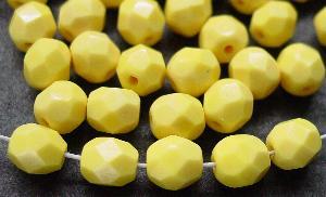 Best.Nr.:26503 facettierte Glasperlen gelb opak, hergestellt in Gablonz / Tschechien