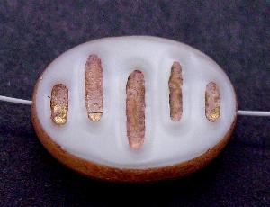 Best.Nr.:67983 Glasperlen / Table Cut Beads geschliffen, perlmuttweiß mit Bronze-Auflage, nach alten Vorlagen aus den 1930/40 Jahren neu gefertigt