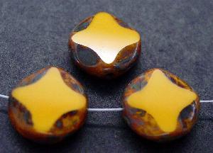 Best.Nr.:67661 Glasperlen / Table Cut Beads gelb geschliffen mit Travertin-Veredelung