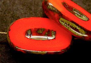 Best.Nr.:67881 Glasperlen / Table Cut Beads geschliffen hellrot opak mit Travertin-Veredelung