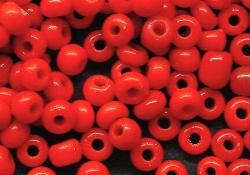 Best.Nr.:61078  Rocailles ( Ponybeads ) vor 1940 in Böhmen hergestellt  corallrot