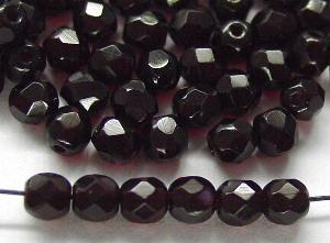 Best.Nr.:27541 facettierte Glasperlen dunkel granatrot transp.,  hergestellt in Gablonz Tschechien