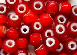 Best.Nr.:17020 Rocailles rot mit weißen Kern