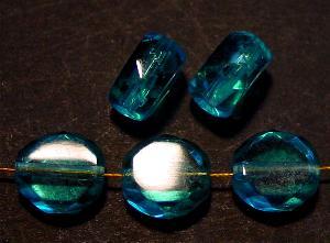 Best.Nr.:67352 Glasperlen / Table Cut Beads geschliffen, türkis  Rand mit Facettenschliff