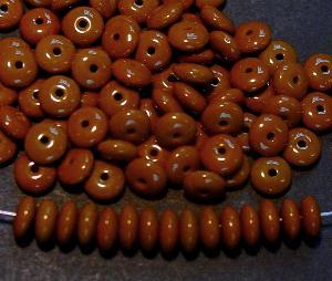 Best.Nr.:63484 Glasperlen Linsen braun 1940/50 in Gablonz/Böhmen hergestellt,