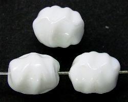 Best.Nr.:63209 Glasperlen in den 1920/30 Jahren in Gablonz/Böhmen hergestellt weiß