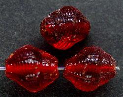 Best.Nr.:63186 Glasperlen in den 1920/30 Jahren in Gablonz/Böhmen hergestellt rot