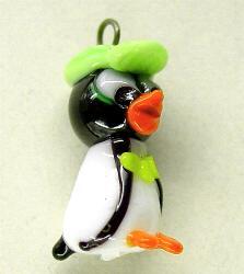 Best.Nr.:34025 handgefertigter Glasanhänger mit Öse  Pinguin