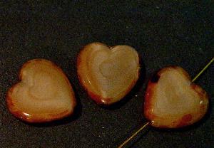 Best.Nr.:671119 Glasperlen / Table Cut Beads Herzen geschliffen beigebraun Perlettglas mit picasso finish