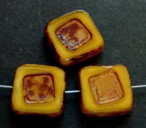 Best.Nr.:67773 Glasperlen / Table Cut Beads Perlettglas gelb, geschliffen mit picasso finish