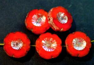 Best.Nr.:67490 Glasperlen / Table Cut Beads rot Perlettglas, Blüten geschliffen mit picasso finish