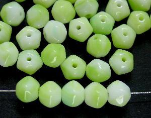 Best.Nr.:57481 Glasperlen grün weiß