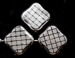 Best.Nr.:67186 Glasperlen zartapricot Table Cut Beads geschliffen  mit Veredelung / silberfarben