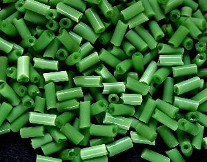 Best.Nr.:21094 Glasperlen / Stiftperlen in den 1940/50 Jahren in Gablonz/Böhmen hergestellt, Satinglas russischgrün