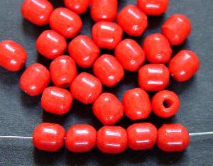 Best.Nr.:63560 Glasperlen oval in den 1920/30 Jahren in Gablonz/Böhmen hergestellt, korallrot