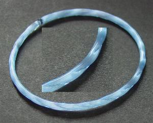 Best.Nr.:63162 Glasreifen ( bangeles ) aus hellblauem Satinglas um 1920/30 in Gablonz/Böhmen hergestellt