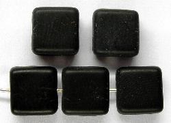 Best.Nr.:49188 Glasperlen Quadrate schwarz mattiert gefertigt in Gablonz / Tschechien