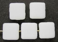 Best.Nr.:41030 Glasperlen Quadrate weiß mattiert (frostet)