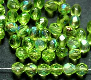 Best.Nr.:28387 facettierte Glasperlen hellgrün mit AB