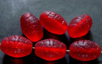 Best.Nr.:63558 Glasperlen in den 1920/30 Jahren in Gablonz/Böhmen hergestellt, geprägt, rot transparent und mattiert