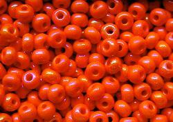 Best.Nr.:02012 Rocailles von Ornella Preciosa Tschechien, orange opak irisierend