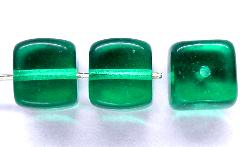 Best.Nr.:49239 Glasperlen Würfel smaragdgrün, hergestellt in Gablonz / Tschechien