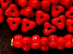 Best.Nr.:63259 Glasperlen in den 1920/30 Jahren in Gablonz/Böhmen hergestellt rot