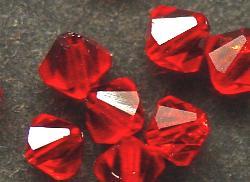 Best.Nr.:31009 mc-Schliff Glasperlen light red bicon