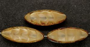 Best.Nr.:67273 Glasperlen / Table Cut Beads geschliffen Perlettglas beige mit picasso finish,  hergestellt in Gablonz / Tschechien
