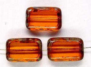 Best.Nr.:67402 Glasperlen / Table Cut Beads Rechtecke geschliffen, orangegelb transp. mit picasso finish, hergestellt in Gablonz / Tschechien