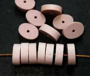 Best.Nr.:75033 vintage Keramikperlen, mattiert um 1960 in Gablonz/Böhmen hergestellt, Scheibe oval,  puder