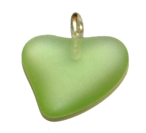 Best.Nr.:34167 Glasanhänger Herz mit Öse,  grün transp. mattiert (frostet),  hergestellt in Gablonz / Tschechien