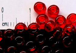 Best.Nr.:08014 Rocailles aus Gablonz / Böhmen  rot transparent