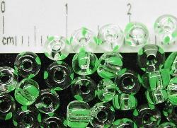Best.Nr.:13013 Rocailles von Ornella Preciosa Tschechien, kristall grün gestreift