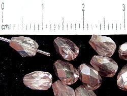 Best.Nr.:28120 facettierte Glasperlen mit Wachsüberzug,  Tropfen rose mit silber finish, hergestellt in Gablonz / Tschechien