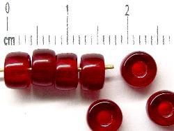 Best.Nr.:52013 Glasperlen granatrot transp., hergestellt in Gablonz / Tschechien