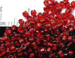 Best.Nr.:18003 3-Cutbeads von Ornella Preciosa Tschechien rot mit Silbereinzug