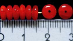 Best.Nr.:47002 Glasperlen Linse  rot opak, hergestellt in Gablonz / Tschechien