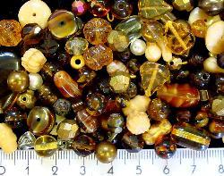 Best.Nr.:4319 Glasperlen Mix  in Herbstfarben 500 bis 1000 Glasperlen in verschiedensten Formen. Menge je nach Zusammensetzung der Mischung.