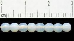 Best.Nr.:22353 Glasperlen rund milchweiß opal, hergestellt in Gablonz / Tschechien